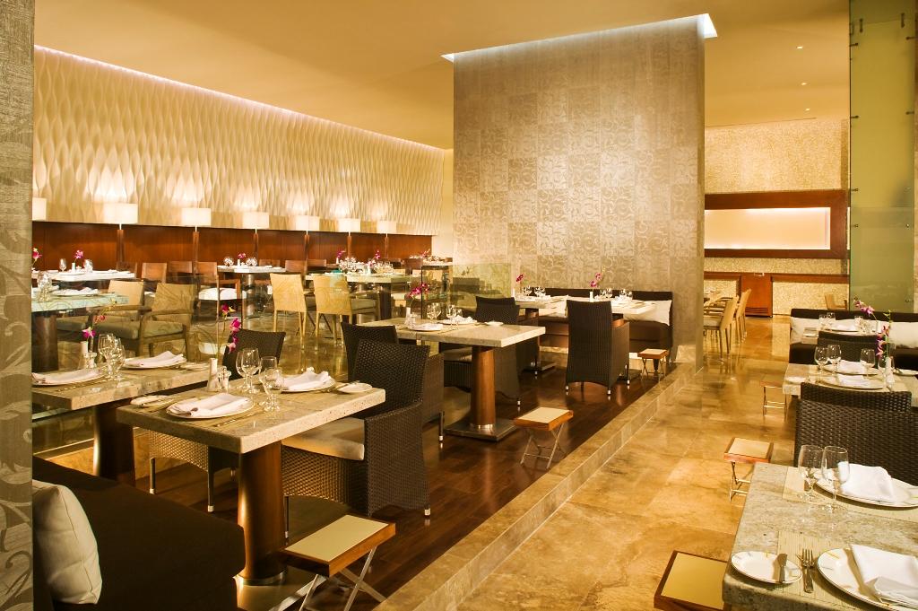 Restaurant Bistro - Grand Velas Riviera Maya