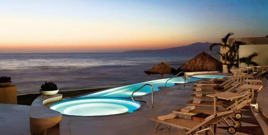 grand-velas-all-suites