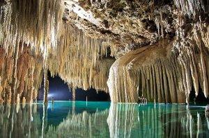 8-maravillosos-cenotes-en-Cancún-y-la-Riviera-Maya