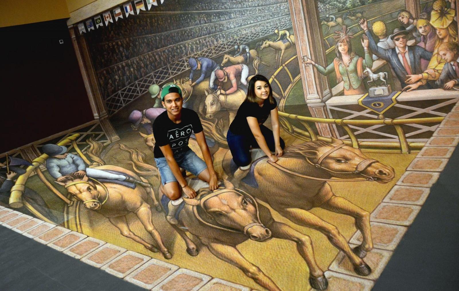 Personas posando en el Museo 3D