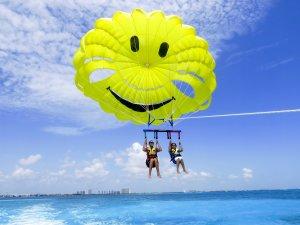 parasailing-riviera-maya-buen-fin