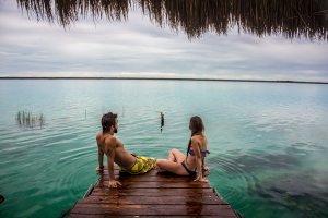 Bacalar, pareja en Riviera Maya