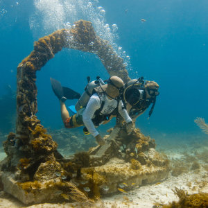 scuba diving underwater museums