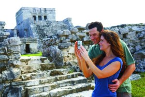 tulum romance, couple
