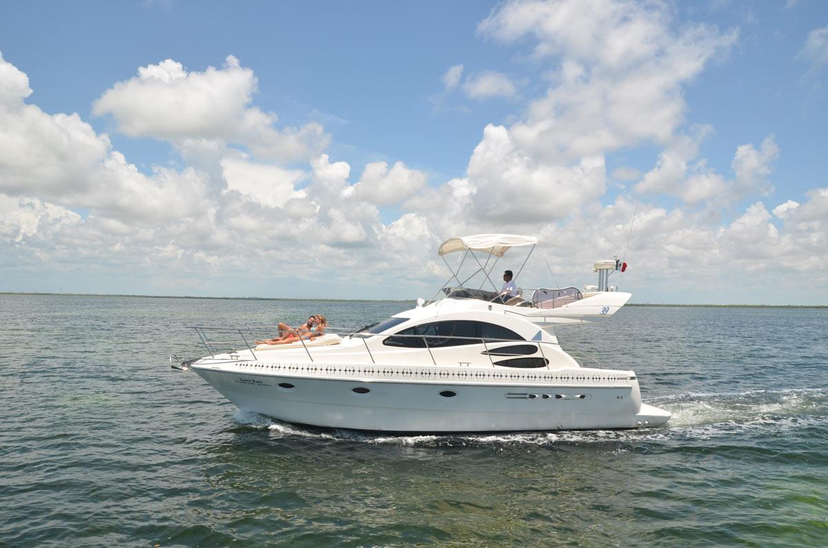 Sandra Marie Luxury Yacht Riviera Maya