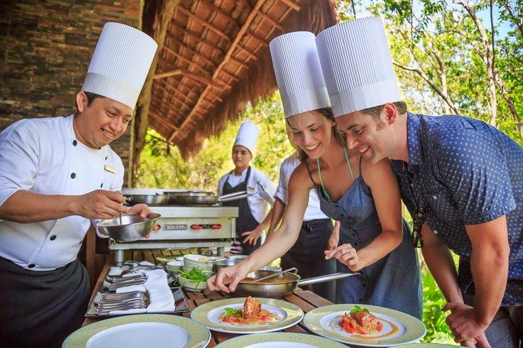 Clases de cocina durante un Buddymoon en Grand Velas Riviera Maya