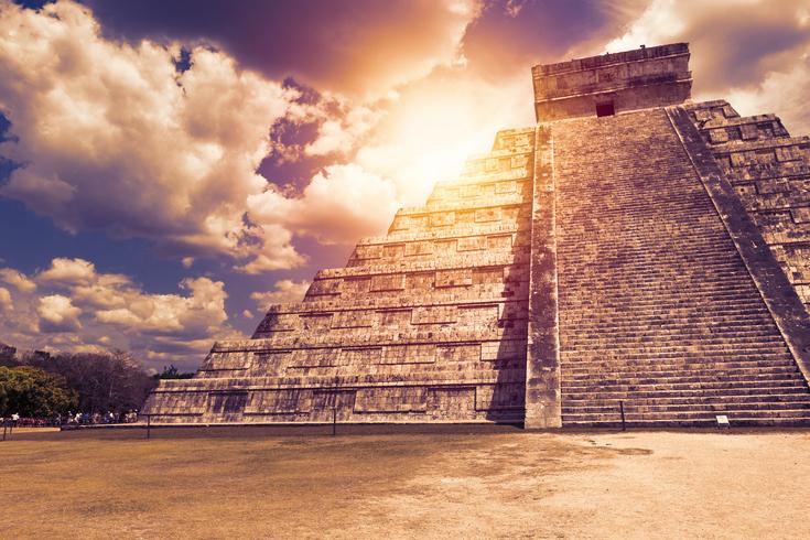 El templo de Kukulkán, también conocido como el Castillo, en Chichen Itza en Riviera Maya