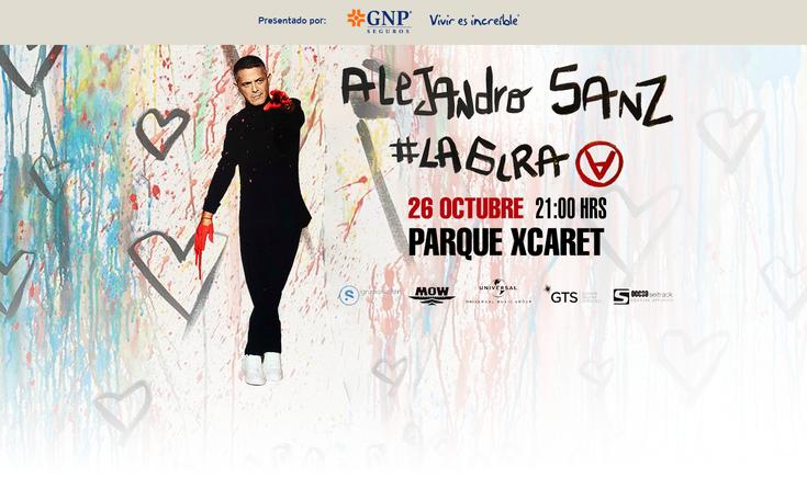 Alejandro Sanz en concierto en el parque ecológico Xcaret en Riviera Maya